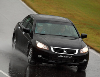 accord-hitam3