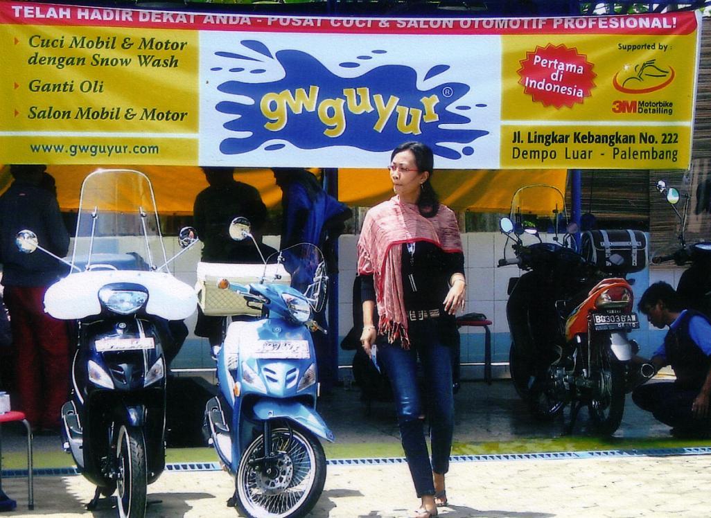 penjualan sepeda motor tiap tahunnya membuat peluang bisnis cuci motor
